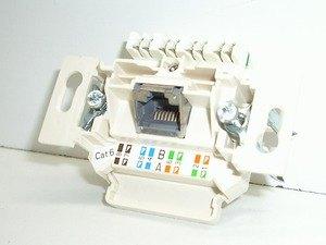 939048-CAT5
